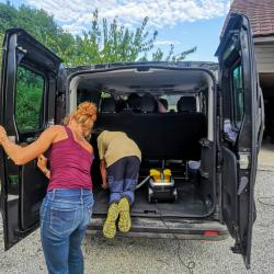 Nettoyage mini bus2