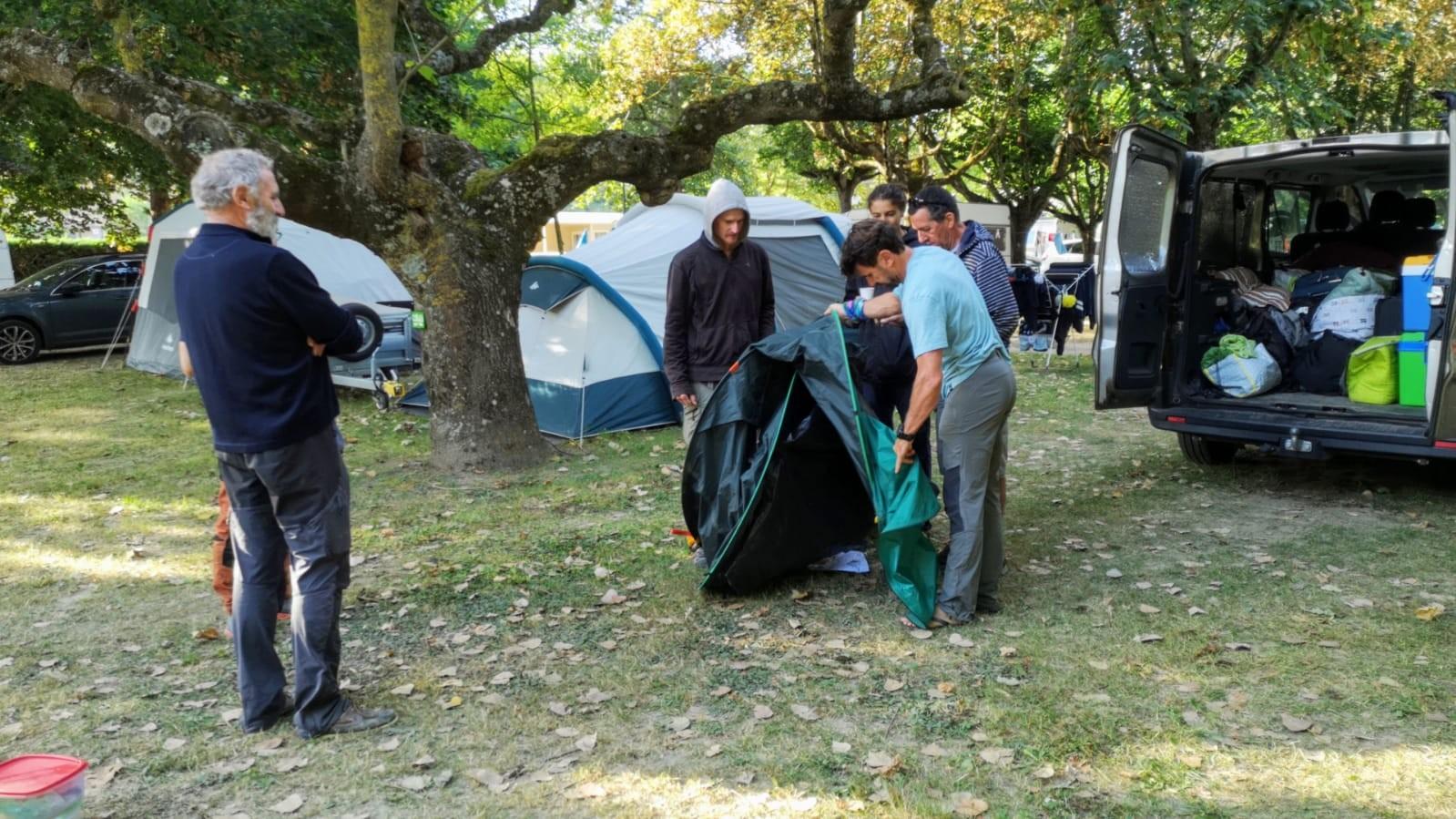 Pliage de tente 1